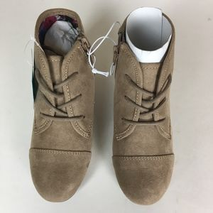 5460cb7c3 Mad Love Shoes | Girls Shelby Wedge Lace Up Tan Boots 13 | Poshmark